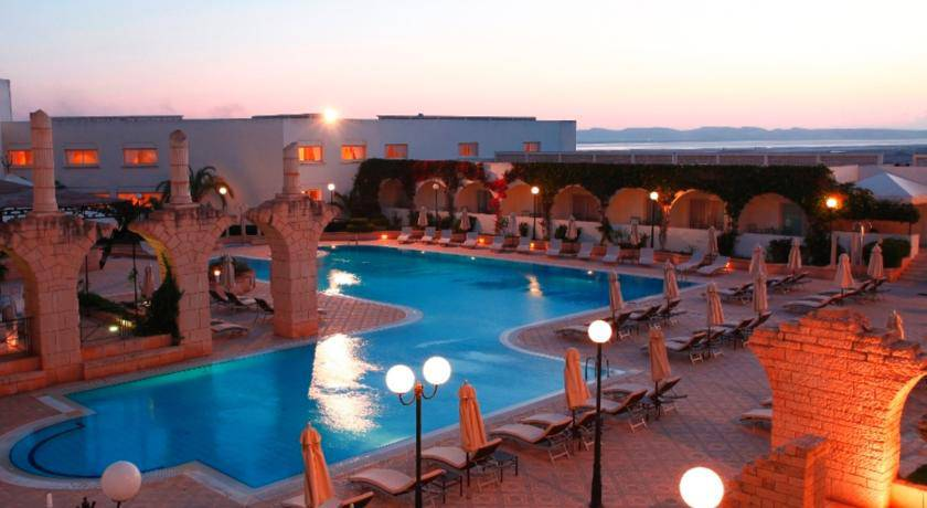 Booking h tel tunis r servation h tel 4 5 toiles pas cher for Reservation pas cher hotel