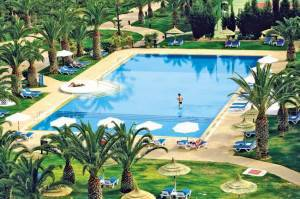 piscine HOTEL HOLIDAY VILLAGE MANAR